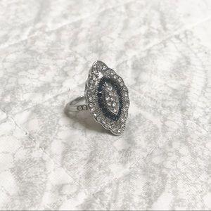 NEW Retro Silver Blue Sapphire Ring